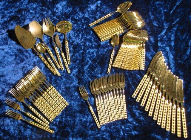 581: VIP GOLD PLATED ITALIAN FLATWARE SET