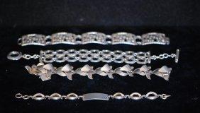 Lot Of 4 Vintage & Retro S.s. Ladies Bracelets