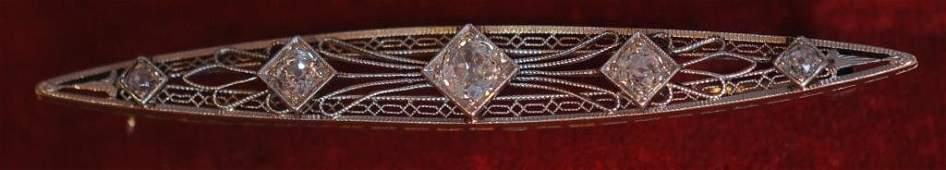 Antique 14K Ladies' Bar Pin