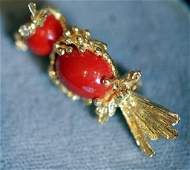 Vintage 18K Bird Form Ladies Pin