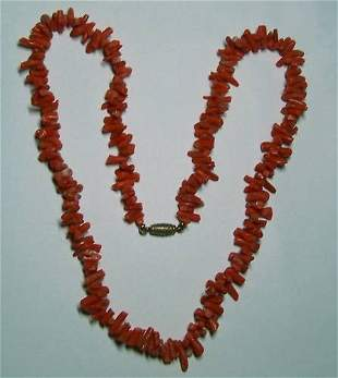 VINTAGE CORAL BRANCH BEADS NECKLACE