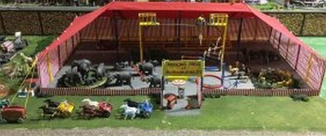 Large O gauge Circus Scene Layout