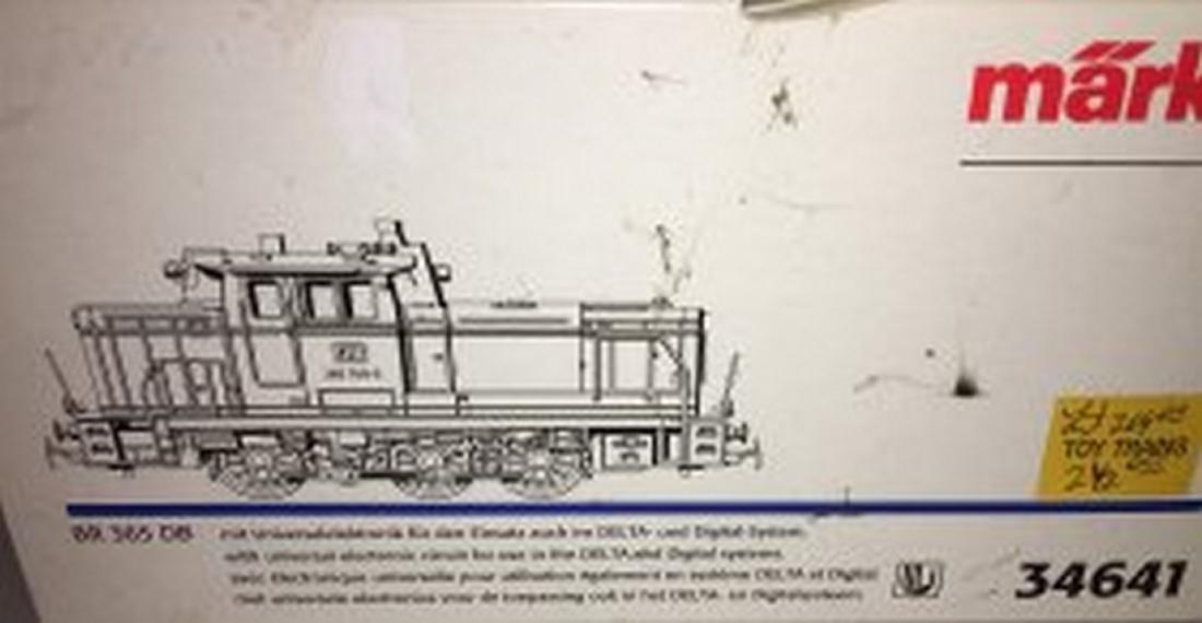 Marklin DB HO Scale BR 365 Diesel Engine - 3