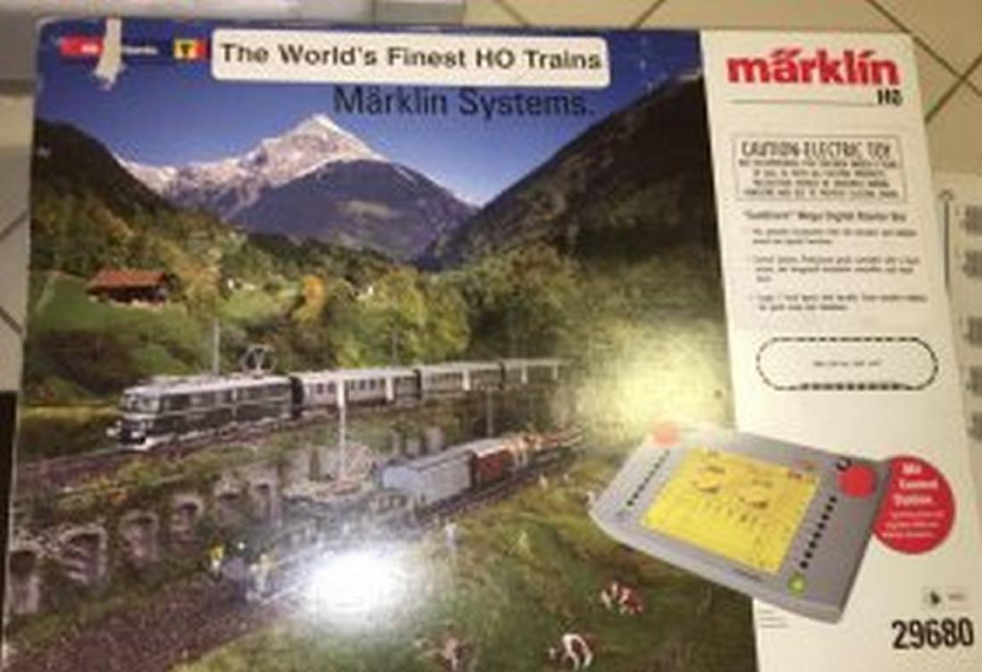 Marklin 29680 HO Scale Gotthard Digital Mega Train Set