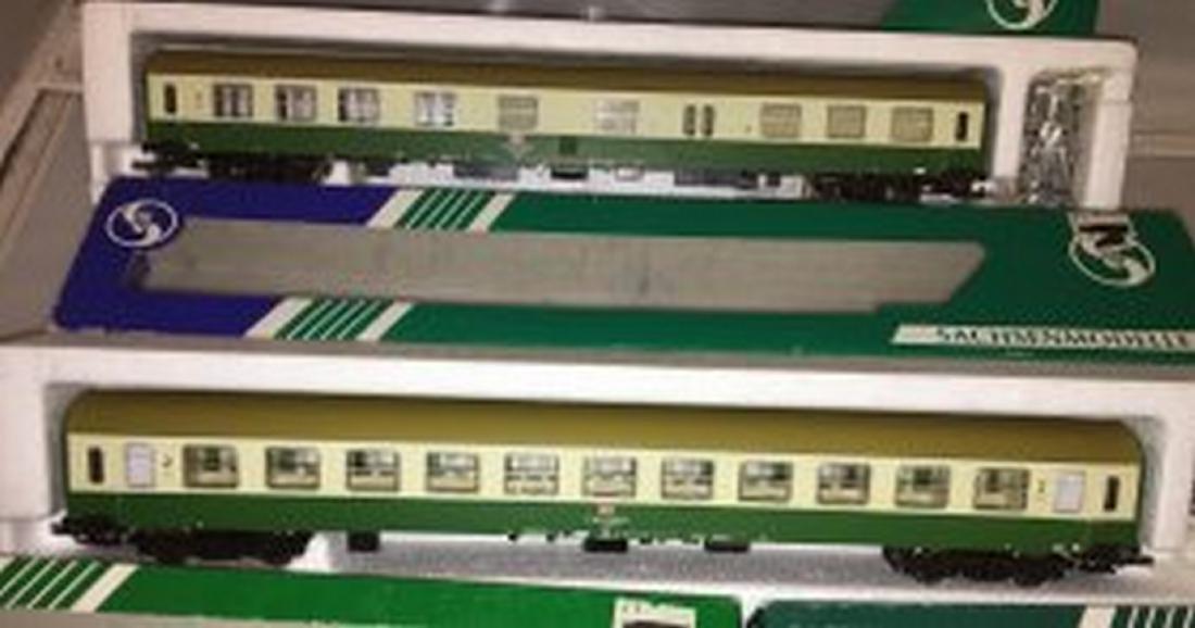 Sachsenmodelle DB/DR HO Scale 4-Car Passenger Train - 4