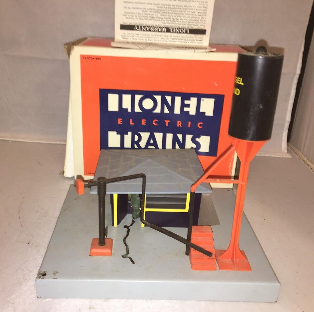 Lionel O Gauge Operating Fueling Station