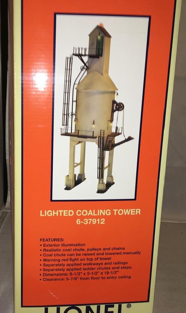 Lionel 37912 O Gauge Lighted Coaling Tower - 2