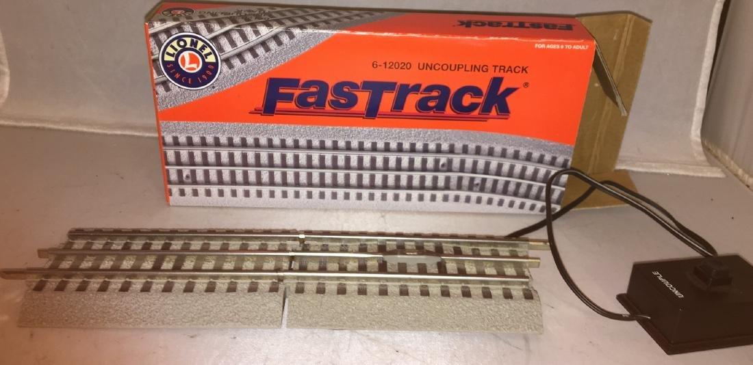 Lionel Fastrack O Gauge uncoupling Track