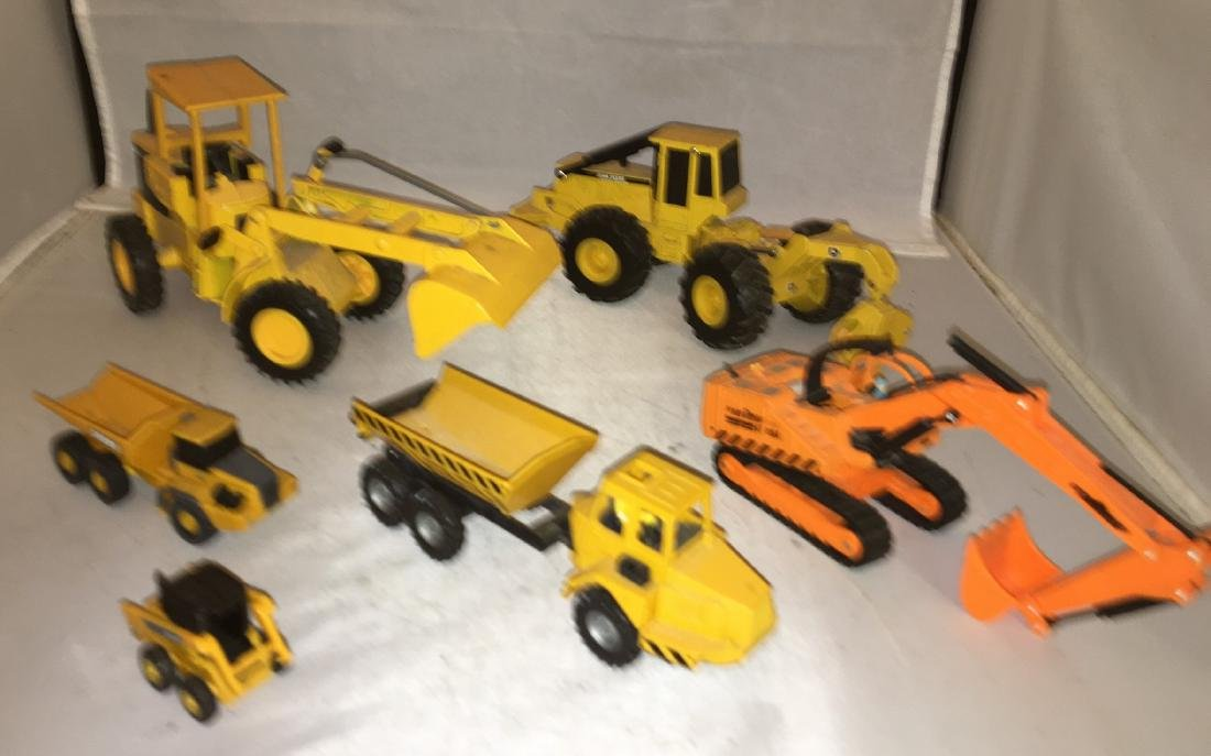 Mixed Gauge Construction Equipment