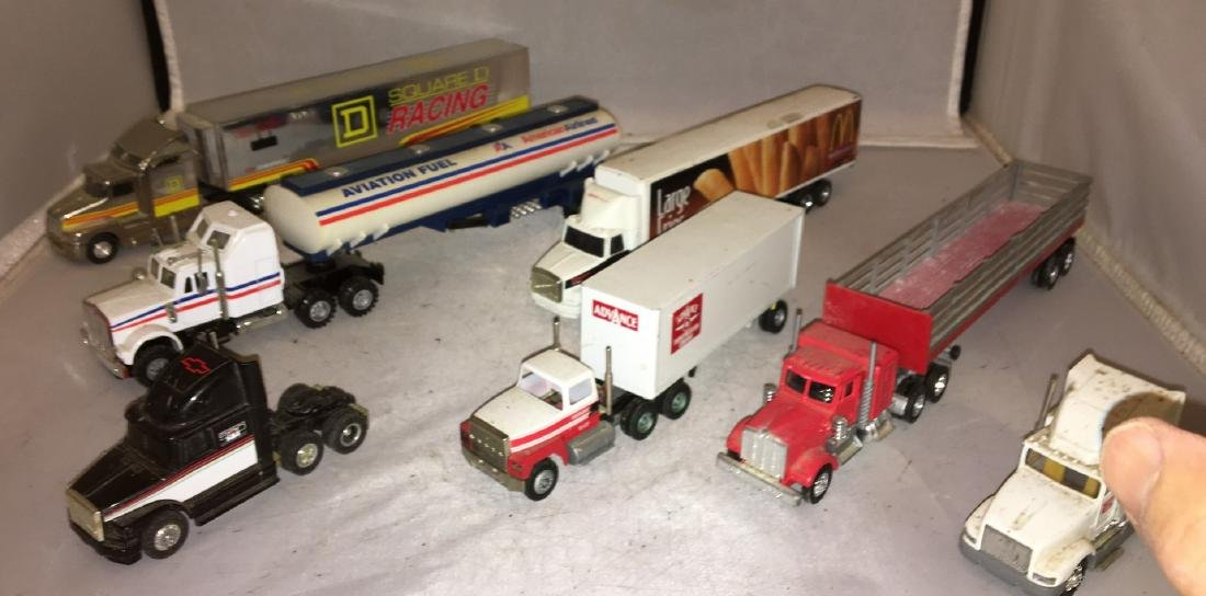 O Scale Tractor and Trailer Trucks