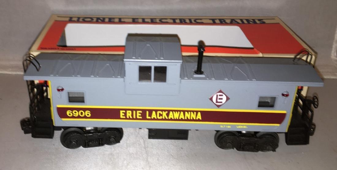 Lionel Erie Lackawanna O Gauge Extended Vision caboose - 2