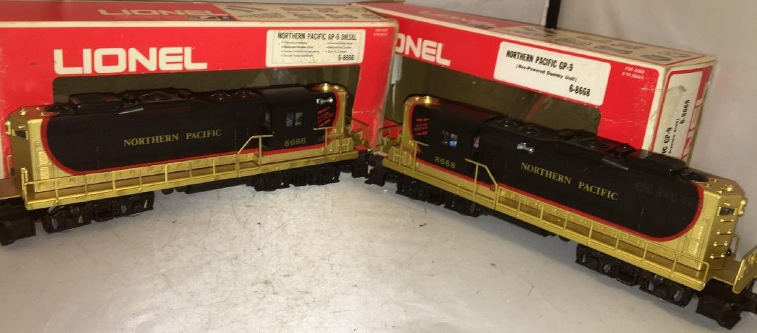Lionel Northern Pacific O Gauge GP-9 Diesel Engine Set