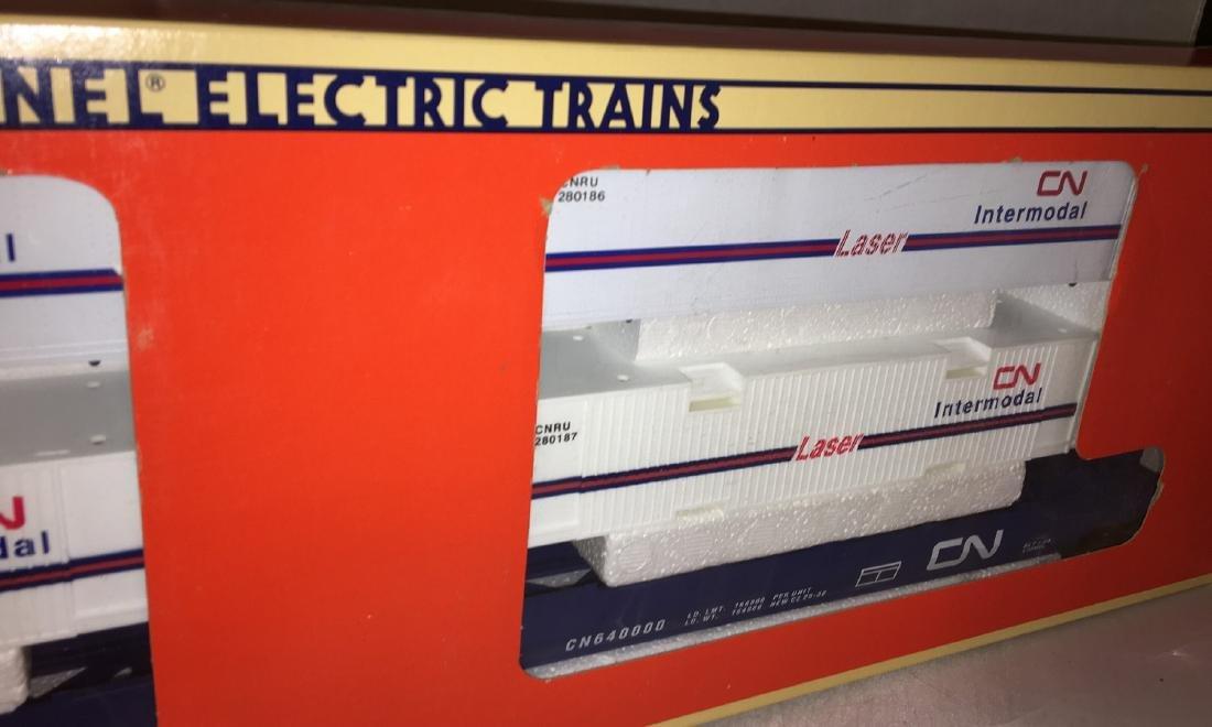 Lionel CN O Gauge MaxiStack Intermodal carrier - 3