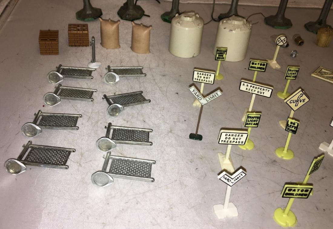 O Gauge Layout Accessories - 2