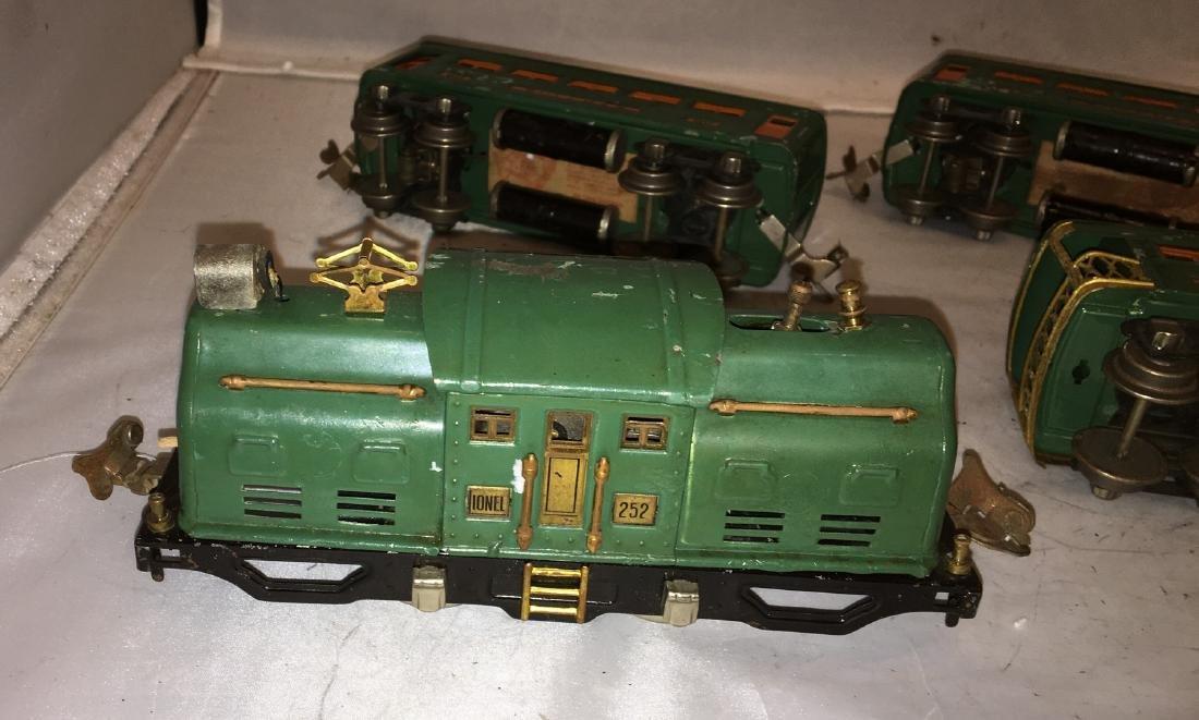 Lionel Prewar 252 O Gauge Passenger Train - 4
