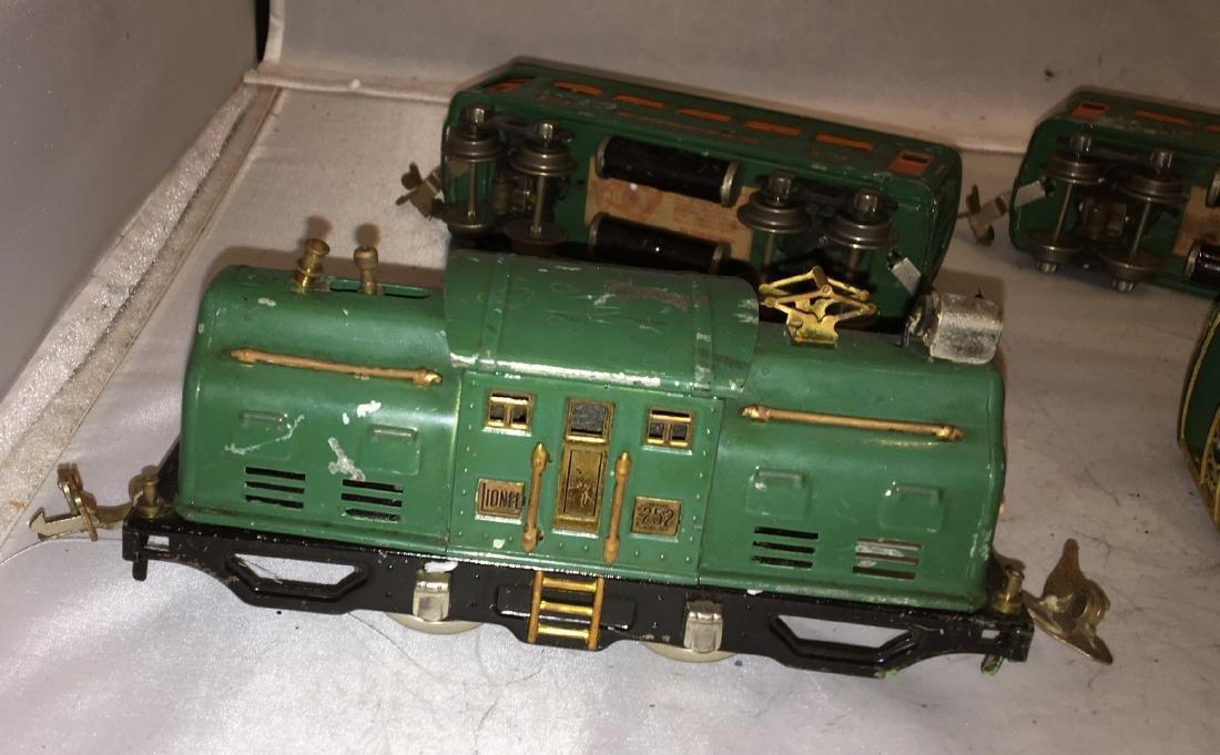 Lionel Prewar 252 O Gauge Passenger Train - 5