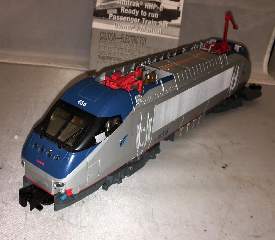 Lionel Amtrak O Gauge HHP-8 Electric Locomotive - 2