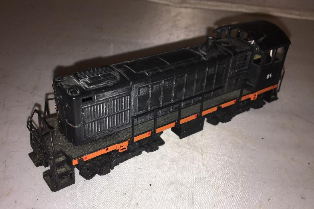 Atlas HO Scale SW Diesel Engine