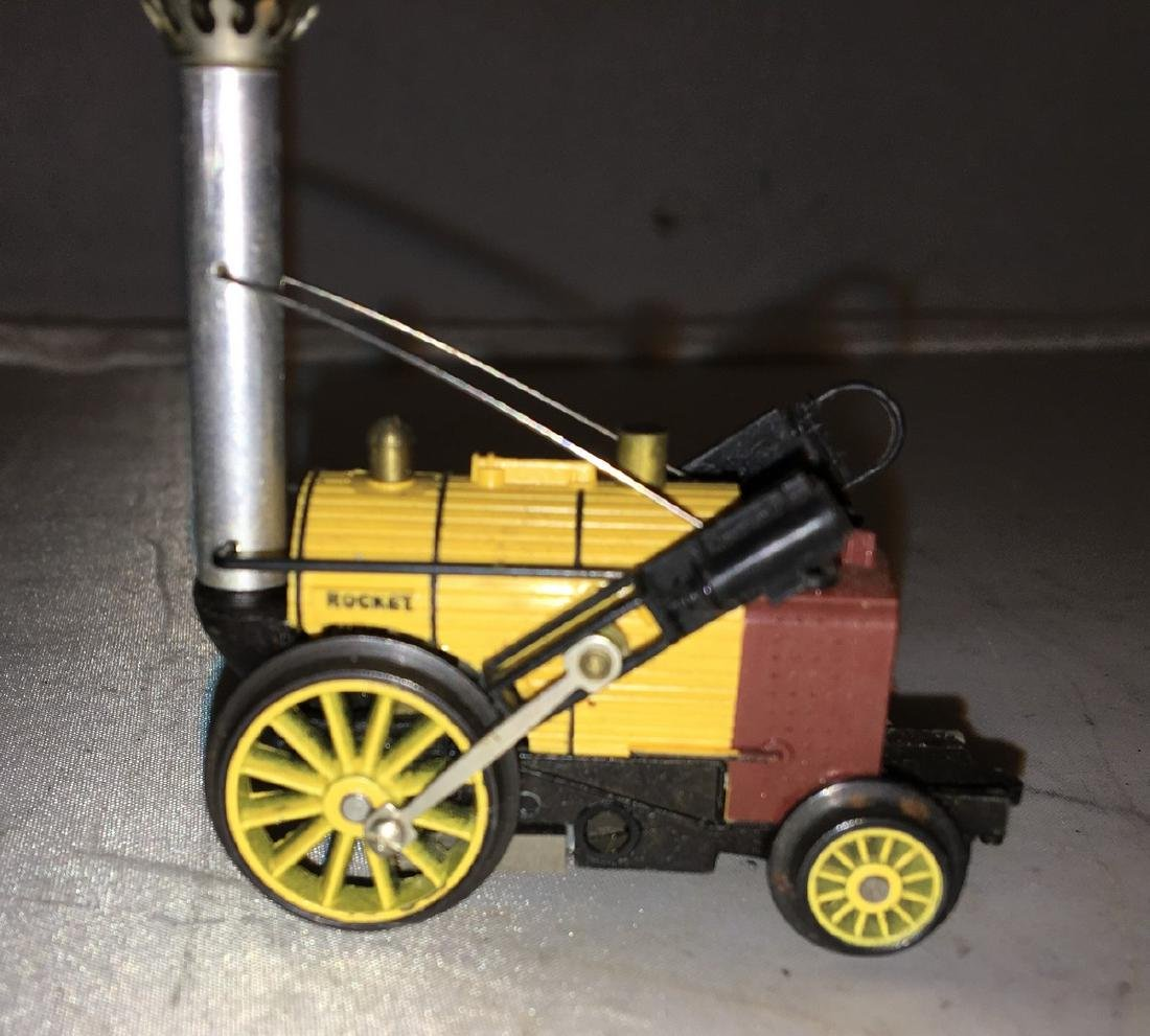 Traing HO Scale Stephenson Rocket Steam Engine - 4