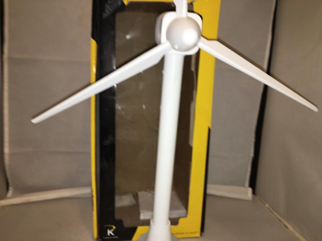 K-Line KBL O Gauge Operating Wind Turbine - 2