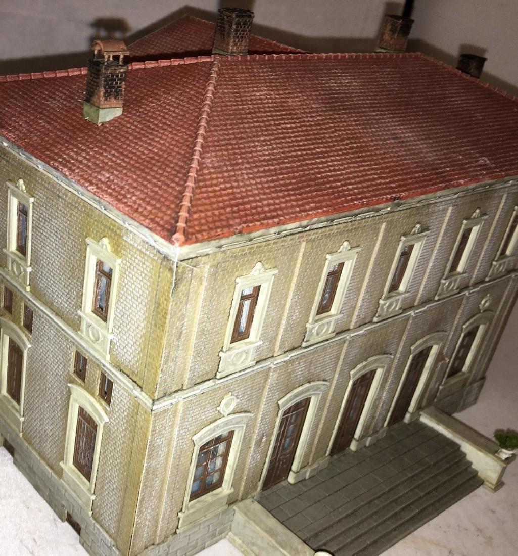 Kibri HO Scale Town Hall - 4