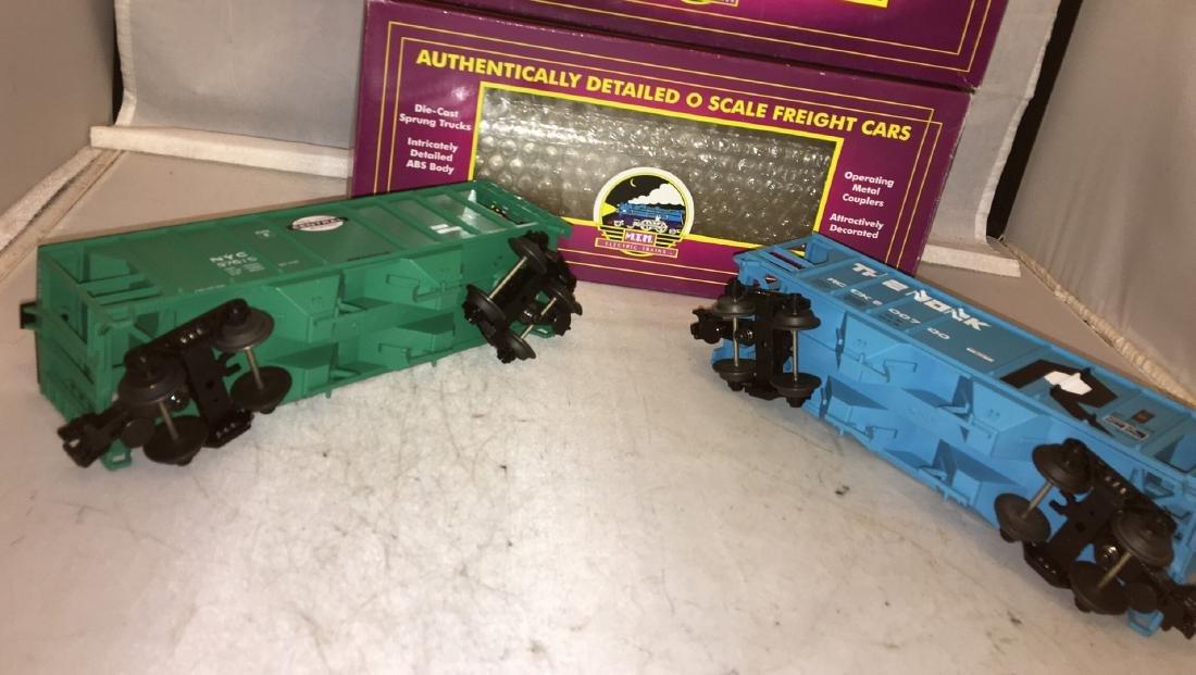 MTH Premier O Gauge Covered hopper Cars - 3
