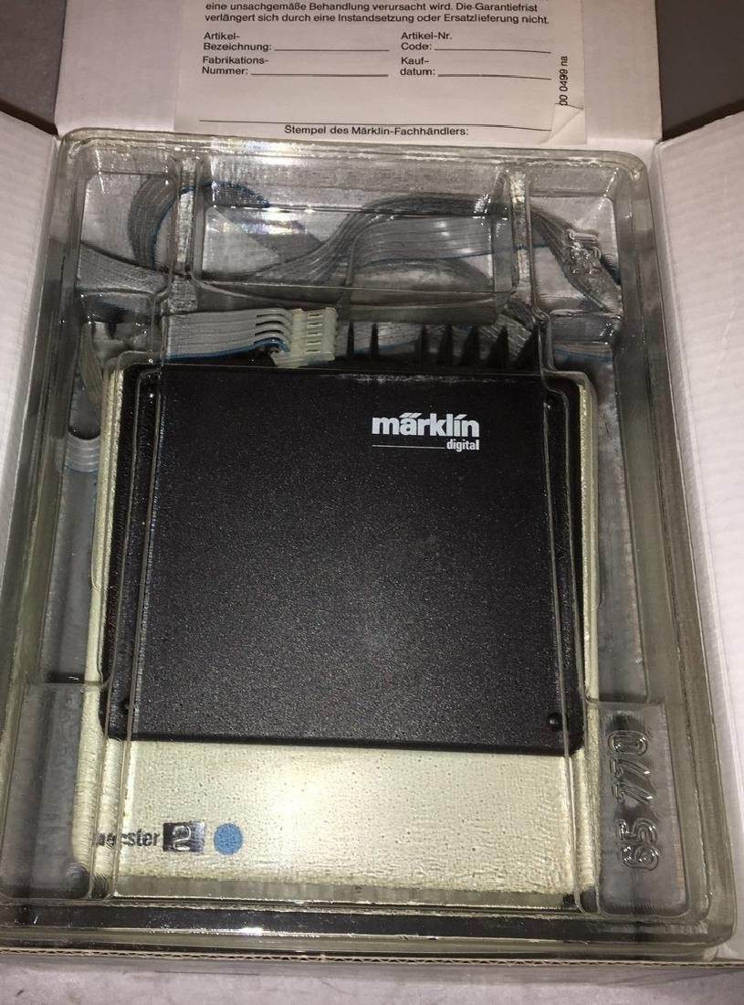 Marklin 6017 Digital Booster