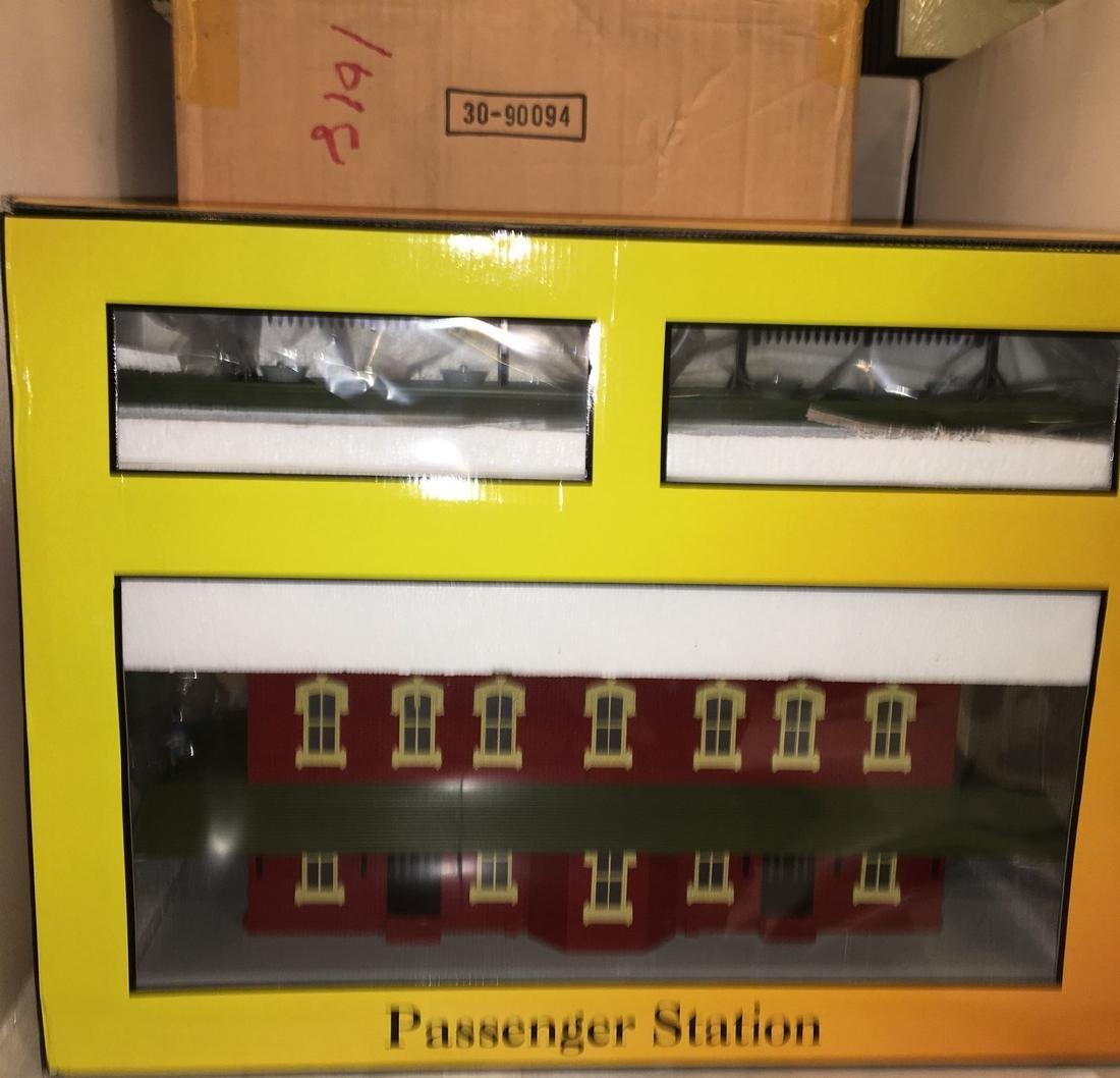 MTH O Gauge Large Passenger Station