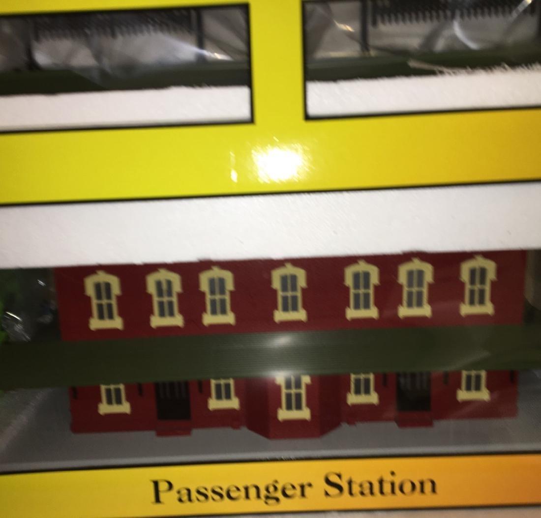 MTH O Gauge Large Passenger Station - 3