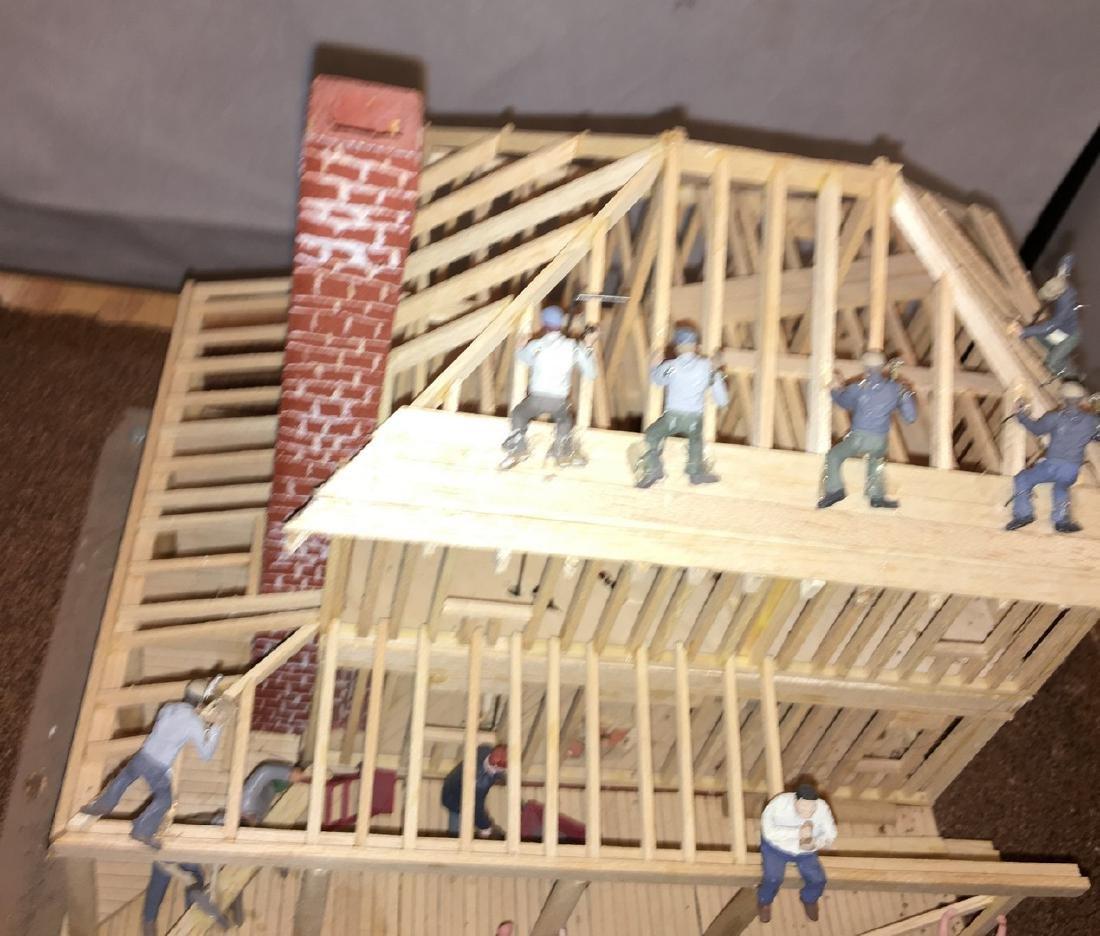 Wood O Gauge Animated House Under Construction - 2