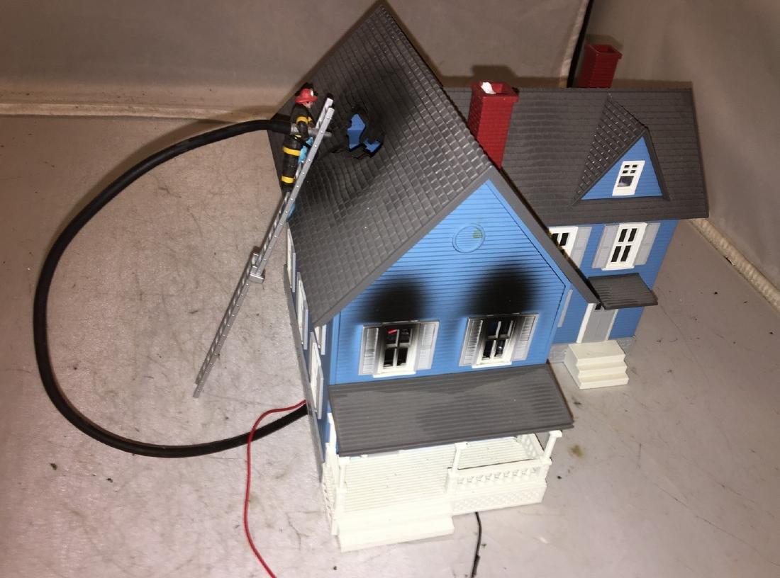 MTH O Gauge House on Fire