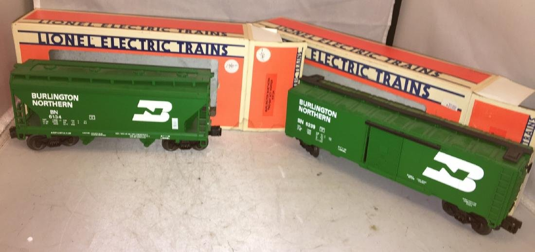 Lionel BN O Gauge Freight Cars - 2