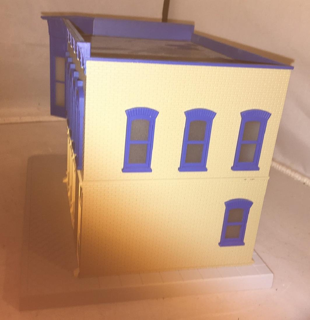 MTH Normans Toxicology O Gauge Building - 4