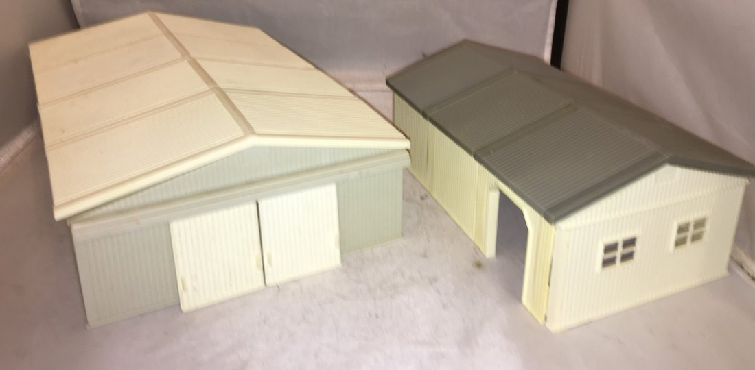 Ertl Farm Country O Gauge Storage Buildings
