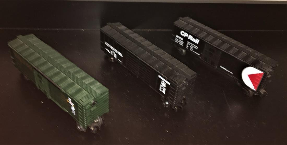 Lionel O Gauge Box Cars - 2