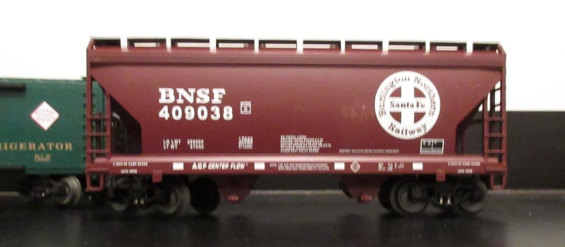 Lionel O Gauge Freight Cars - 4