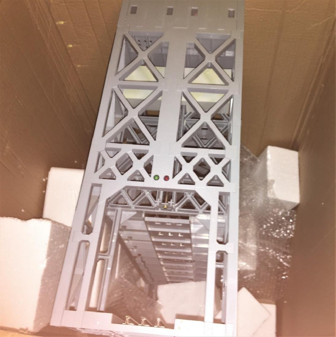 Lionel  O Gauge Lift Bridge Plus