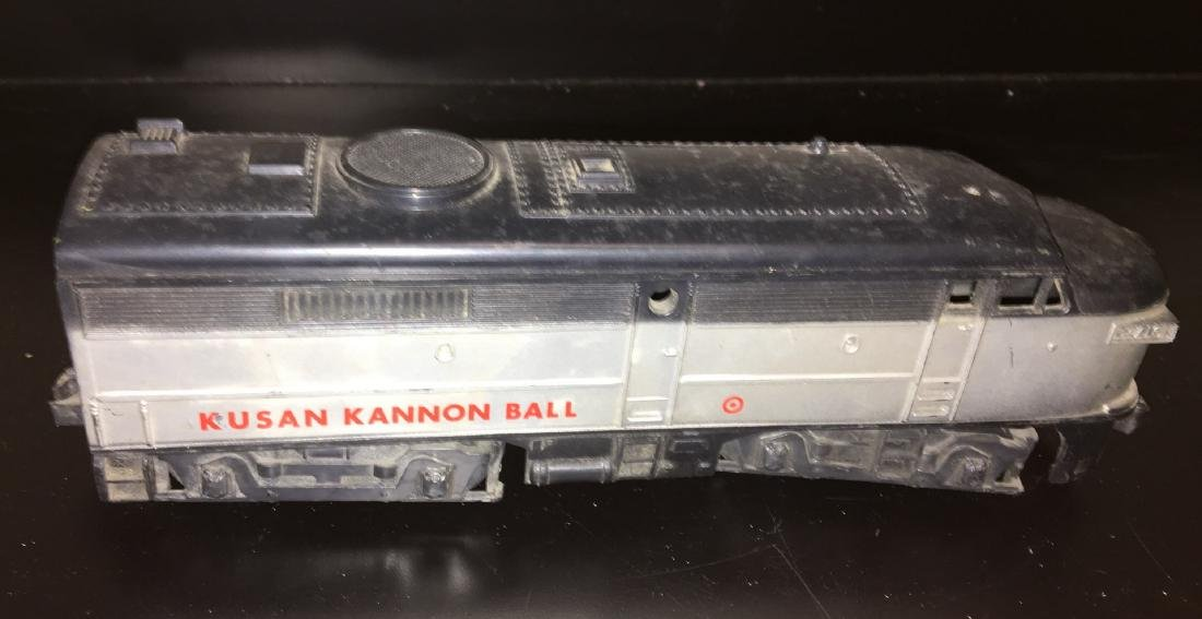 Kusan Kannon Ball O scale FA Diesel Engine - 3
