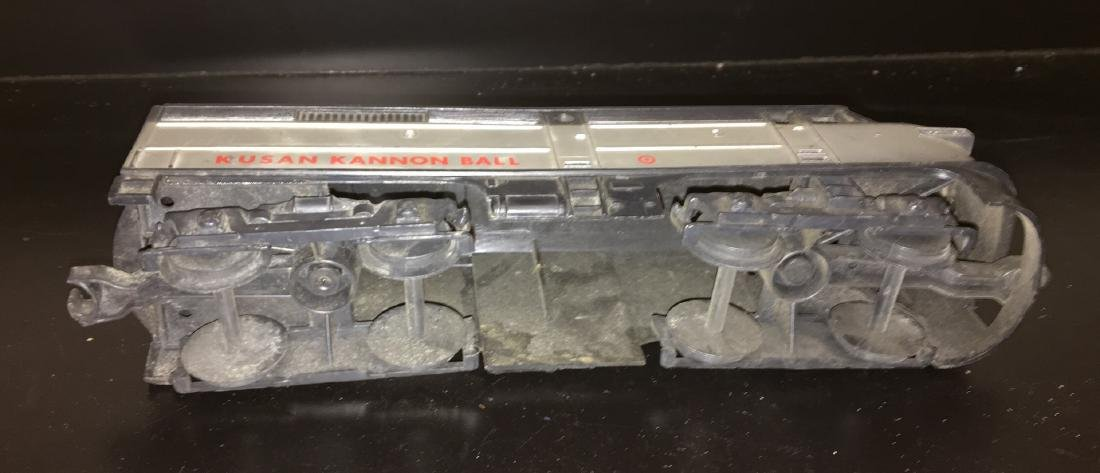 Kusan Kannon Ball O scale FA Diesel Engine - 4