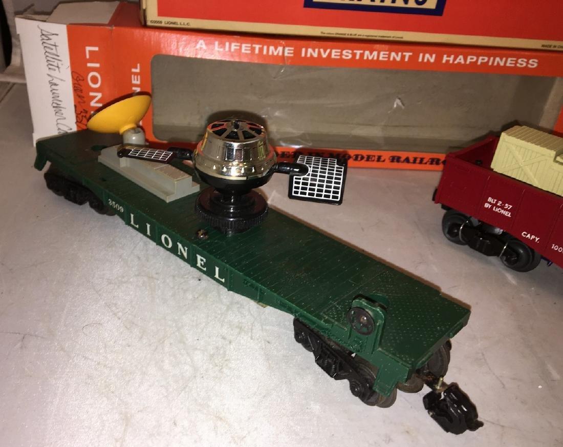 Lionel Postwar O Gauge Operating Freight Cars - 2