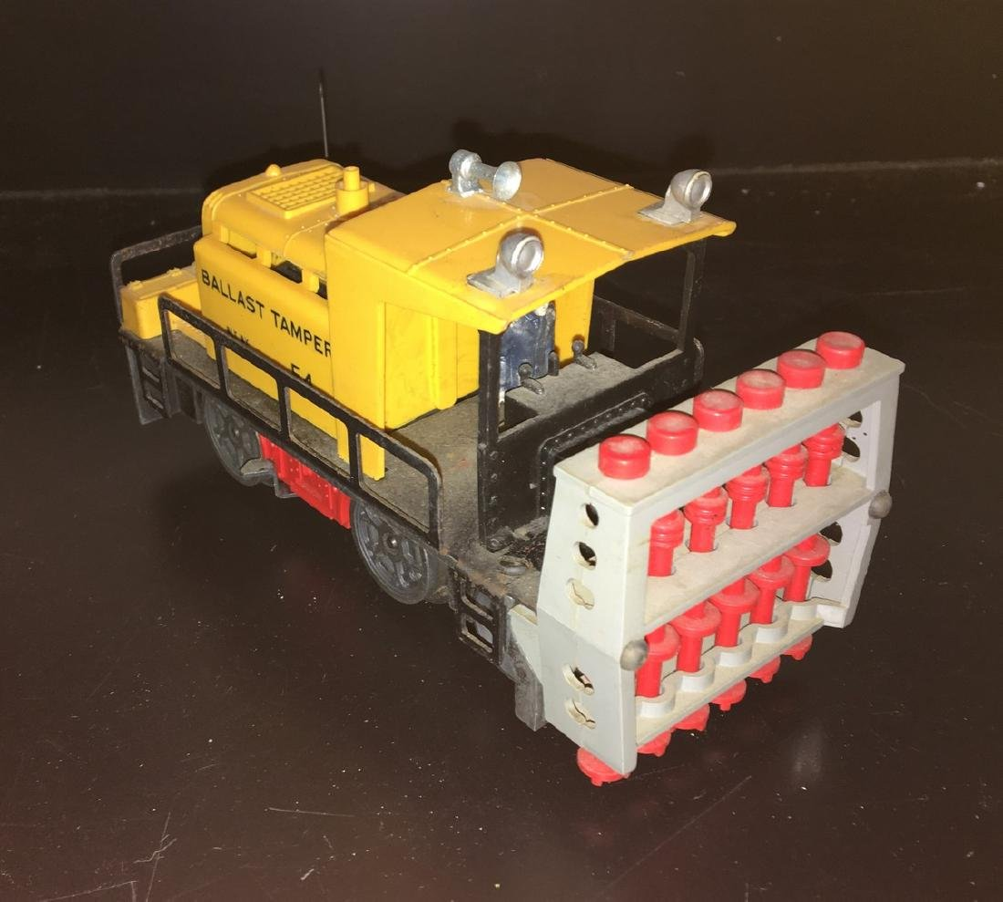 Lionel Postwar O Gauge Ballast tamper - 2