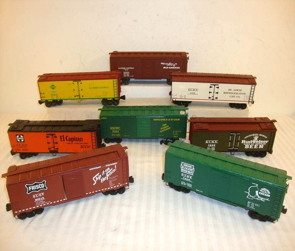 14: 8 ATHEARN O GAUGE BOX AND REEFER CARS