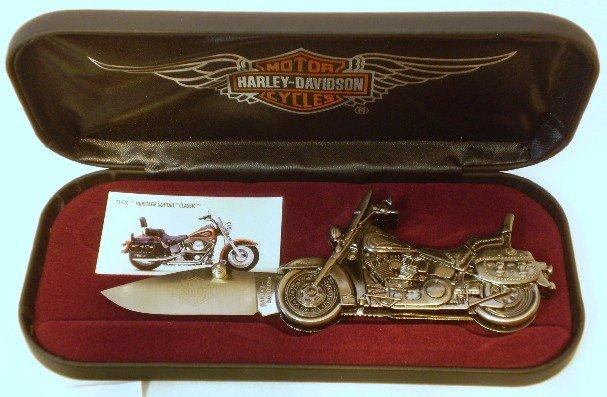 7: Harley Davidson Collectors knife