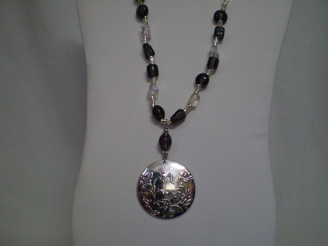 """15: 22"""" Beaded Necklace w/Apaka Silver Pendant"""