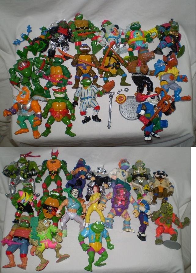 3: Over 30 Ninja Turtles figues & Items
