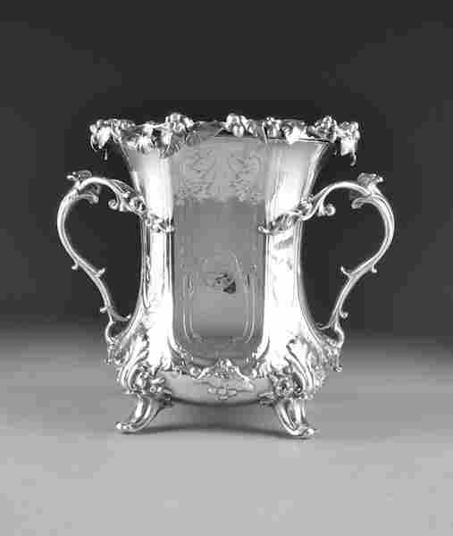 AN EARLY VICTORIAN SILVER PLATED WINE COOLER
