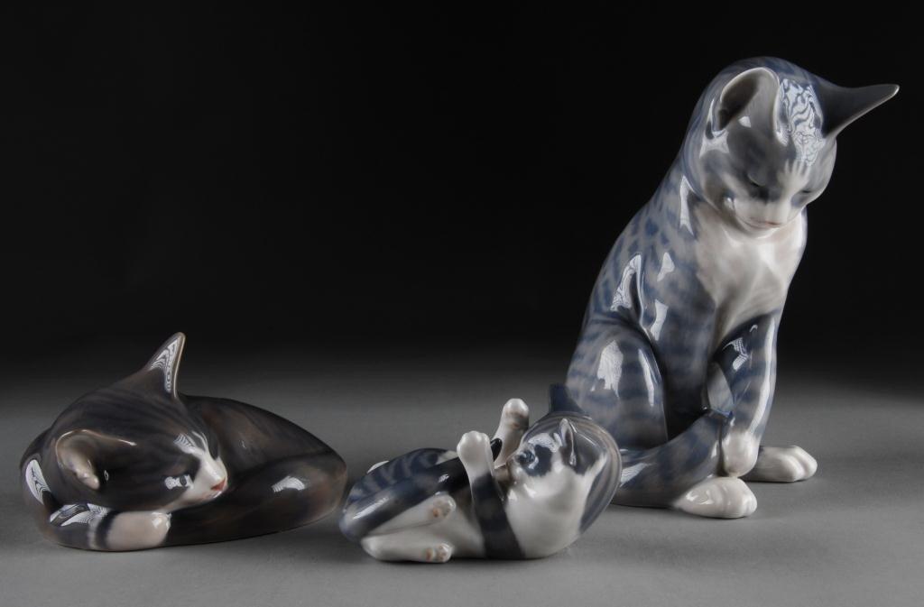14: THREE ROYAL COPENHAGEN PORCELAIN FIGURES OF CATS,