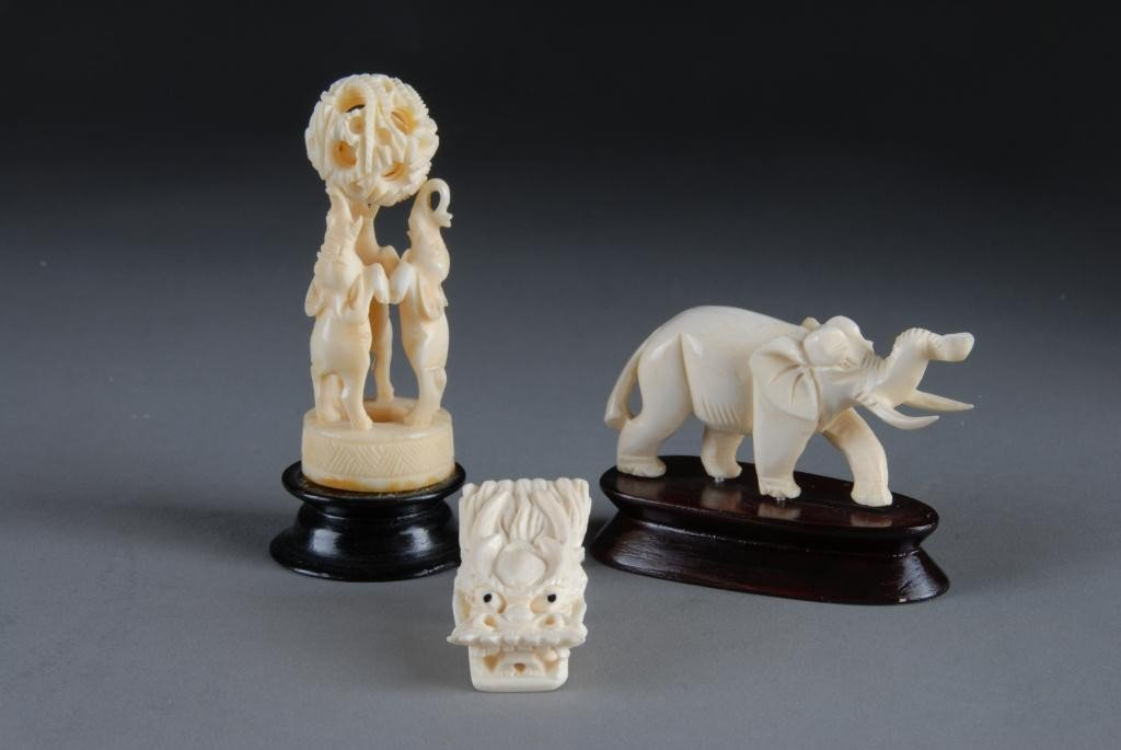16: GROUP OF 3 CHINESE CARVED IVORY ANIMAL FIGURES,