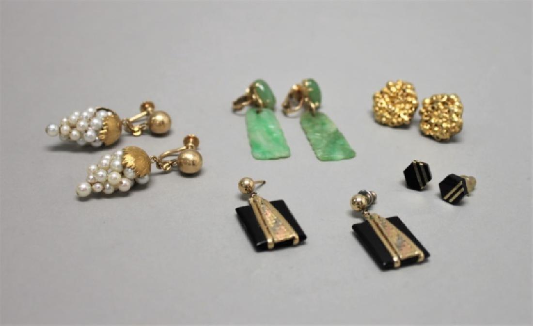 (5) Pairs 14K Gold Jade pearl & Onyx Earrings