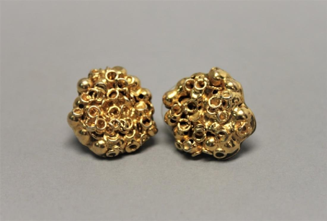 (5) Pairs 14K Gold Jade pearl & Onyx Earrings - 2